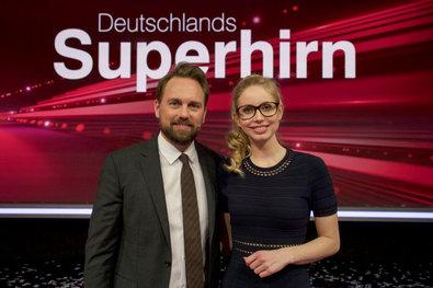Christiane zusammen mit Steven Gätjen - Deutschlands Superhinr 2016